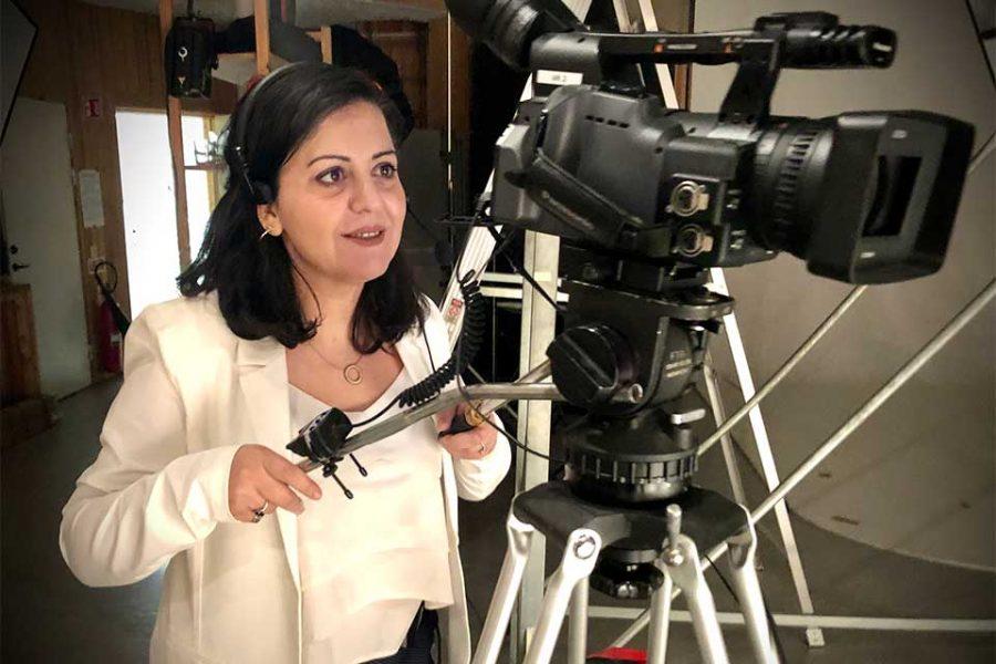 Maha Obid i Journalistlinjens TV-studio